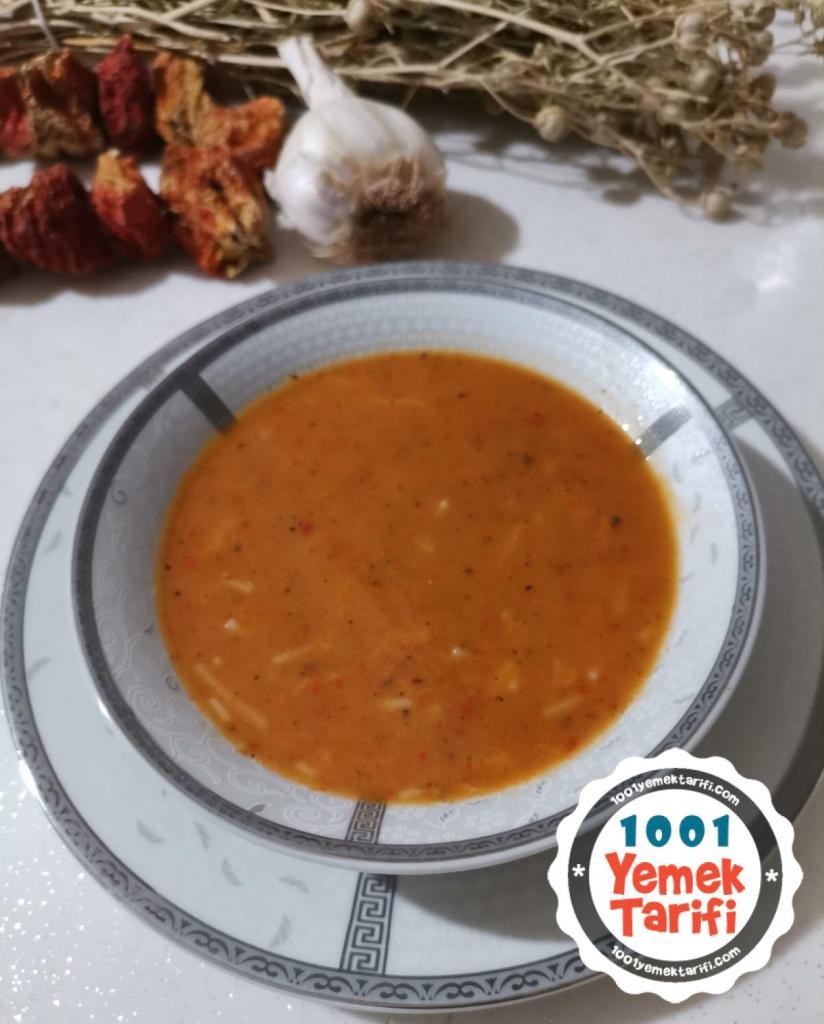 Tel şehriyeli tarhana çorbası tarifi