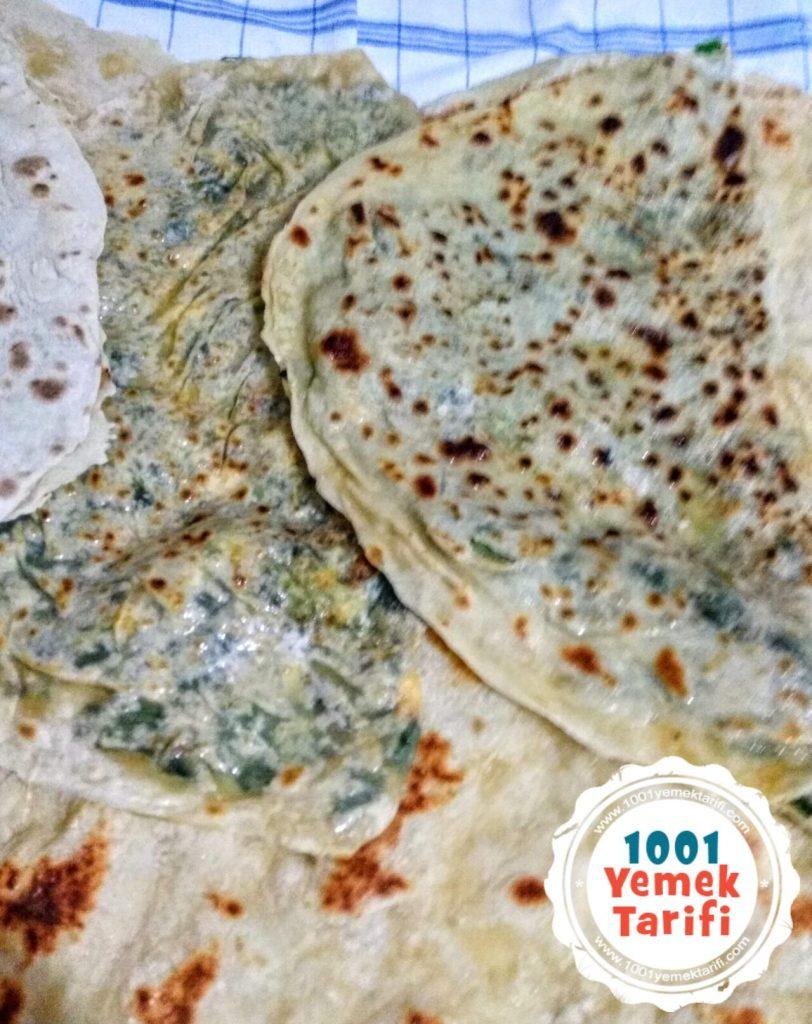 Ispanaklı, Pırasalı ve Peynirli Gözleme Yapımı tarifi
