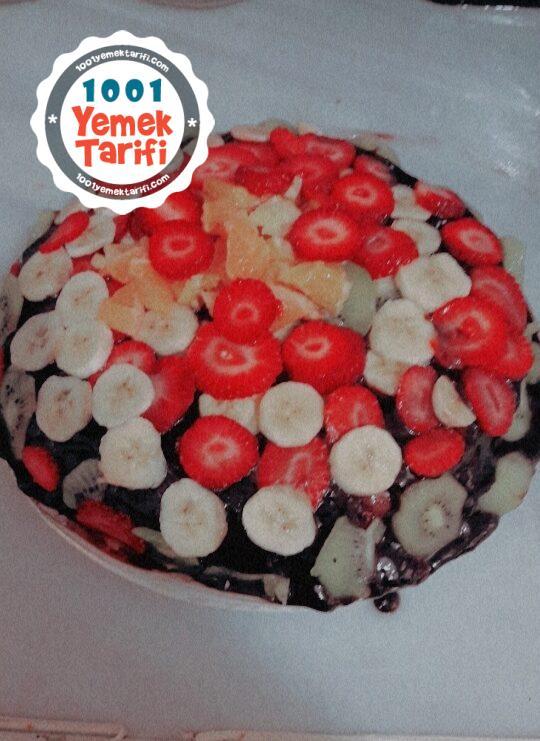 Evde Meyveli Pasta Yapımı
