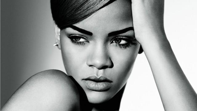 Rihanna / リアーナ