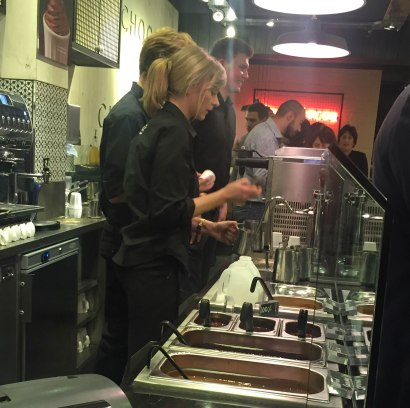 A photograph of the bar which serves tea, selection of coffees and seven flavour of hot drinking chocolate