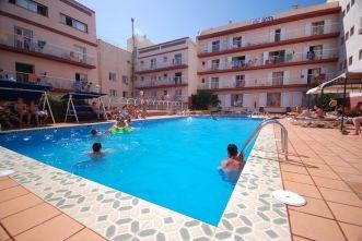 basen_hiszpania_studenckie_wyjazdy