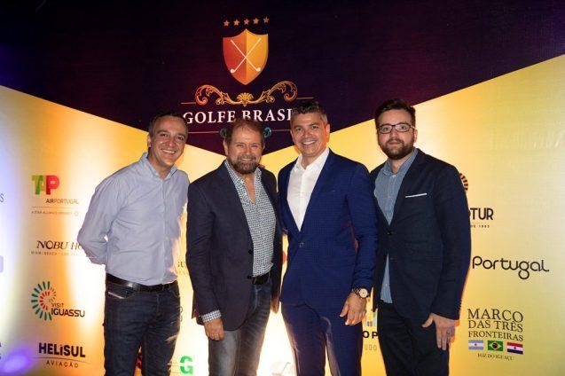 Guilherme Paulus com Pablo Torres, Alexander Borges e Thiago Goulart, todos da GJP