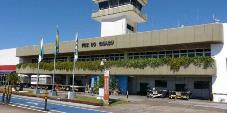 fachada-do-aeroporto-de-foz-do-iguaçu