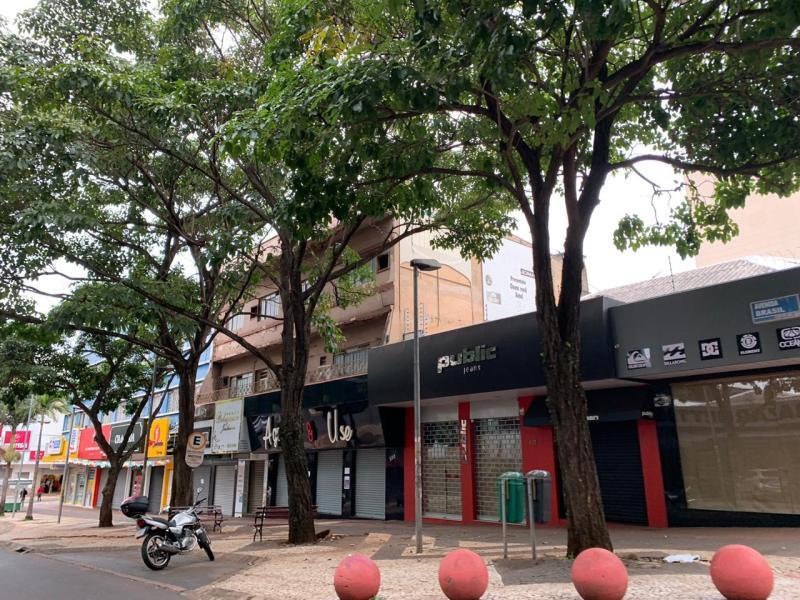 foz-do-iguaçu-comercio-fechado-pandemia-lilian-grellmann