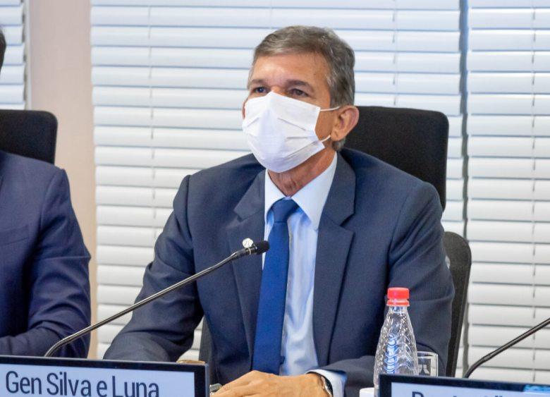 diretor-geral-brasileiro-Itaipu-general-Joaquim-Silva-Luna