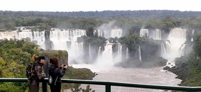 Cataratas-Foz-Brasil
