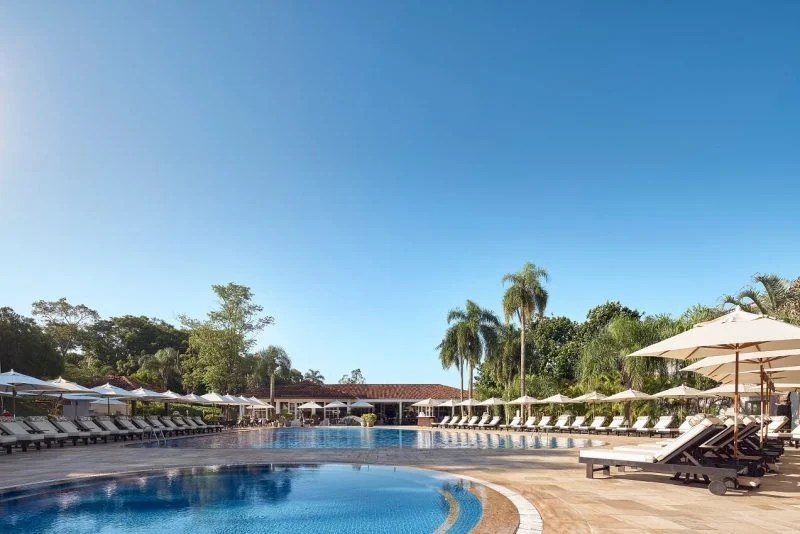 Swimming-pool-area-kids-and-adult-pool