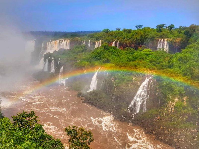 Arco-Íris nas Cataratas do Iguaçu.