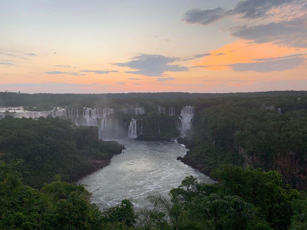 Cataratas do Iguaçu ao entardecer