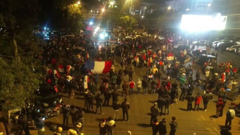 Protesto em CDE pela reabertura da ponte da amizade