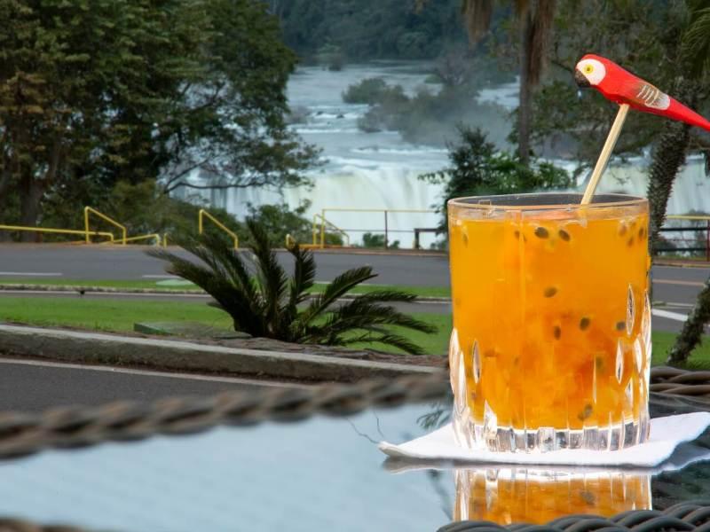 drink-onça-pintada-belmond-cataratas