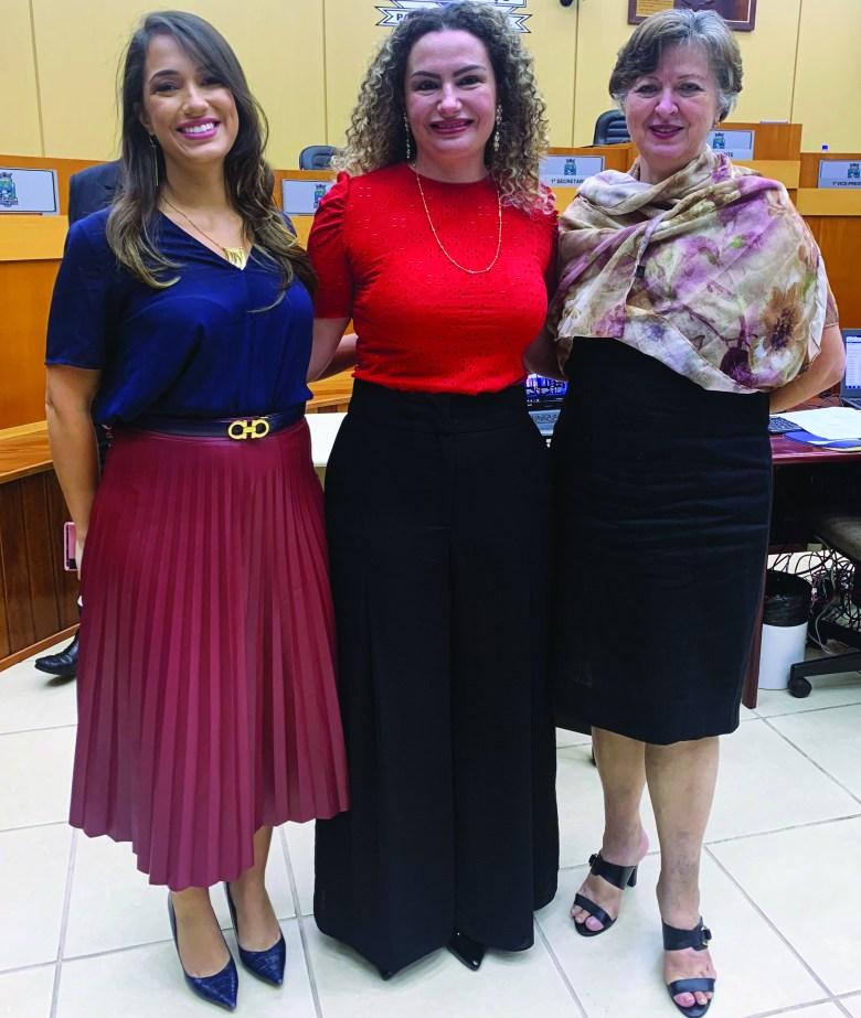 Amanda Risden, Claudia Grignet e Rosa Clara Bernardi Risden