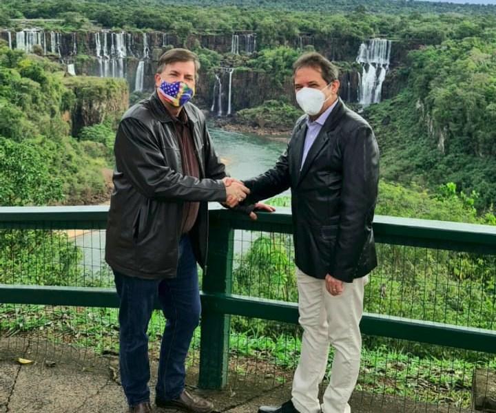 Prefeito Chico Brasileiro e o embaixador dos Estados Unidos no Brasil, Todd Chapman
