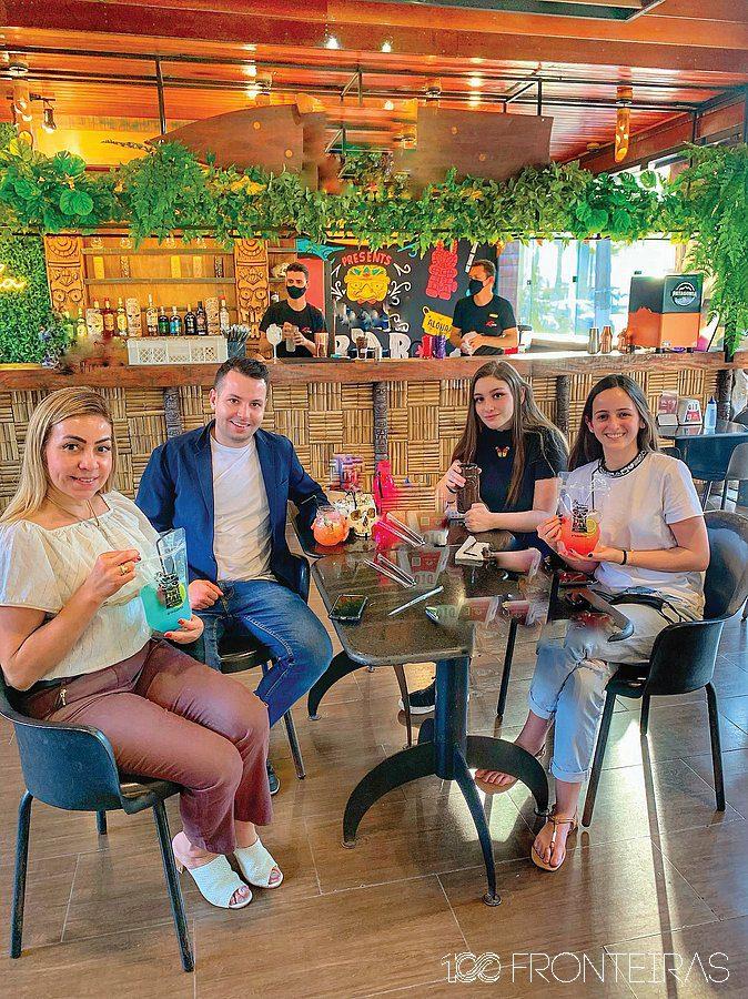 Fomos experimentar em primeira mão os Drinks maravilhosos do Tikibar Foz!