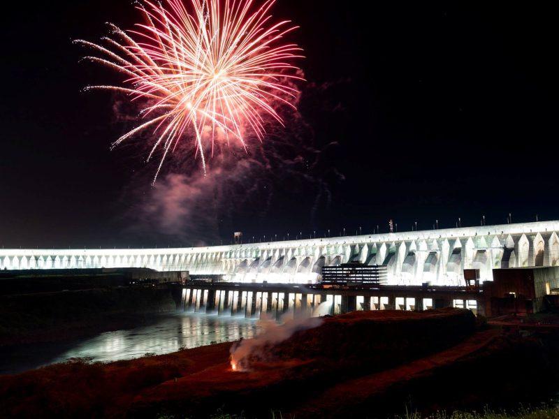 barragem-itaipu-iluminação-noite(1)