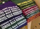 Sostieni 100 libri in giardino acquistando una t-shirt a soli 10 Euro