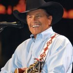 Strait Sells Over 72,000 Tickets in San Antonio in Six Minutes