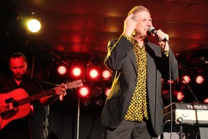 Dave Warner's From The Suburbs, Live in Perth – 24 August 2013