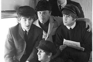 """Invaluable.com present an online """"Unique Beatles Photographic Auction"""""""