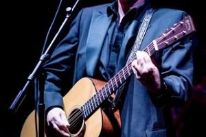 LIVE: JOHN WAITE – May 26, 2018