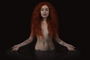 MUSIC REVIEW: JANET DEVLIN – Confessional