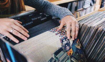 vinyl-records-1132x670
