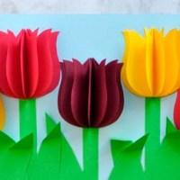 Открытка с тюльпанами
