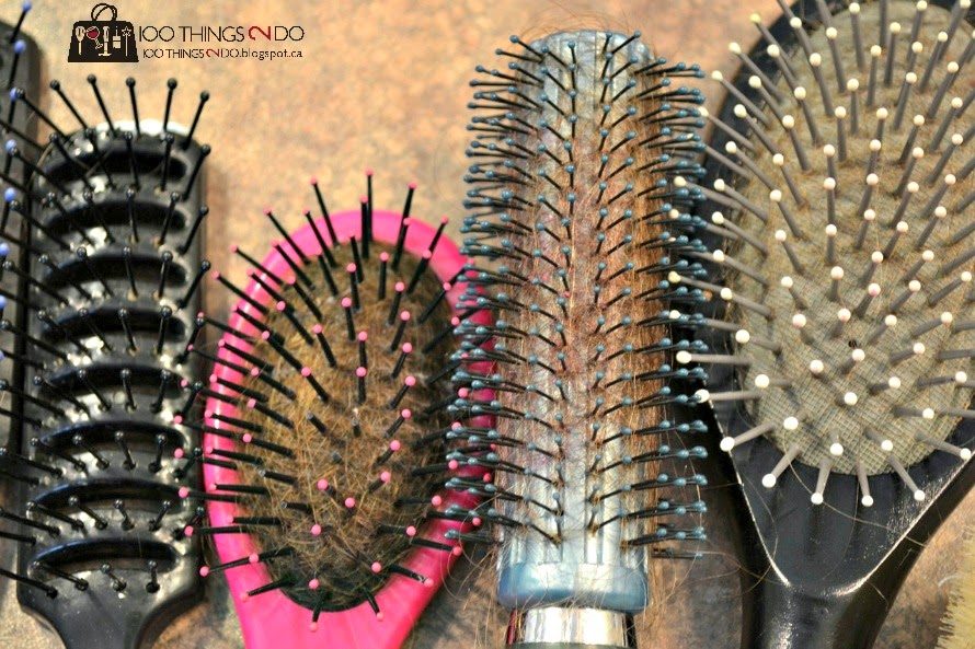 how to clean hair brush vinegar