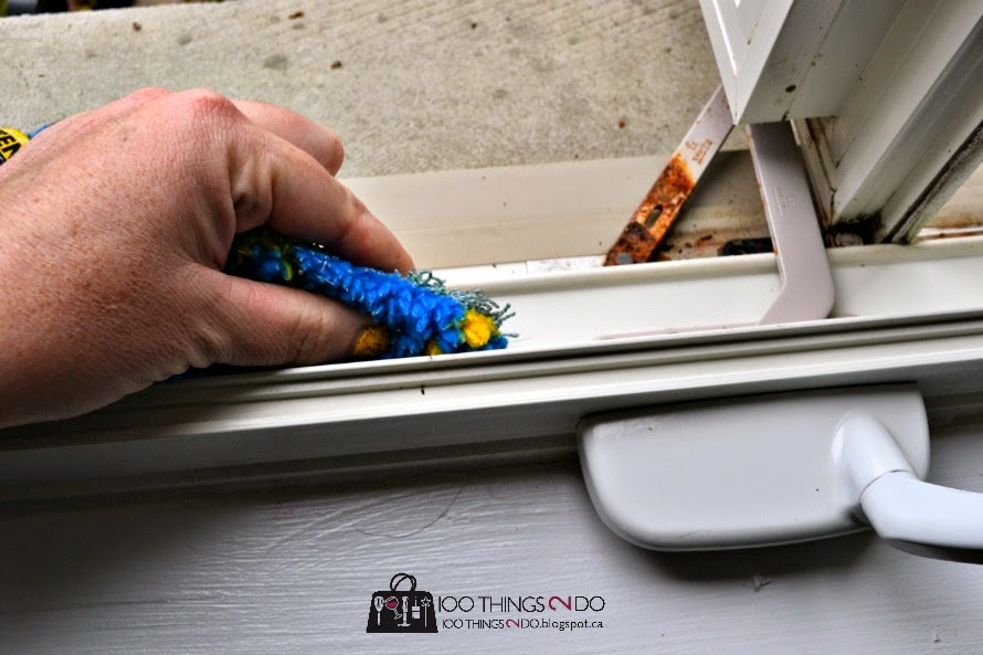 Get the gunk off of windows and out of the sills with just ENJO and water