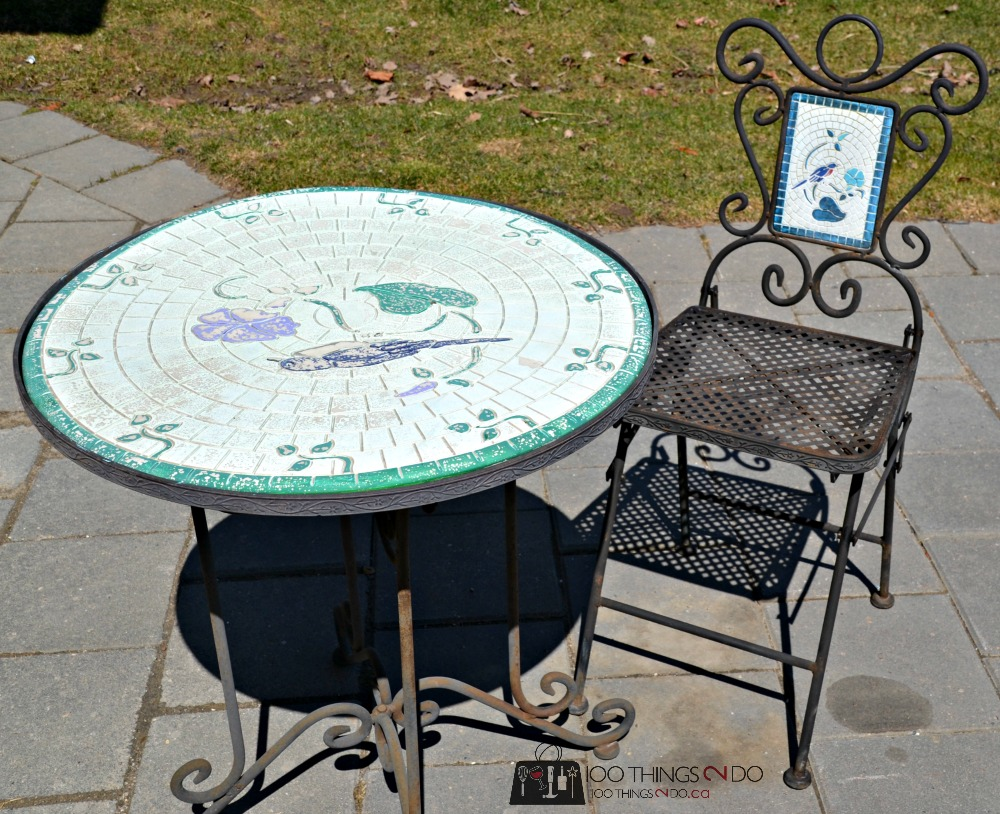 Before the makeover - Iron bistro set