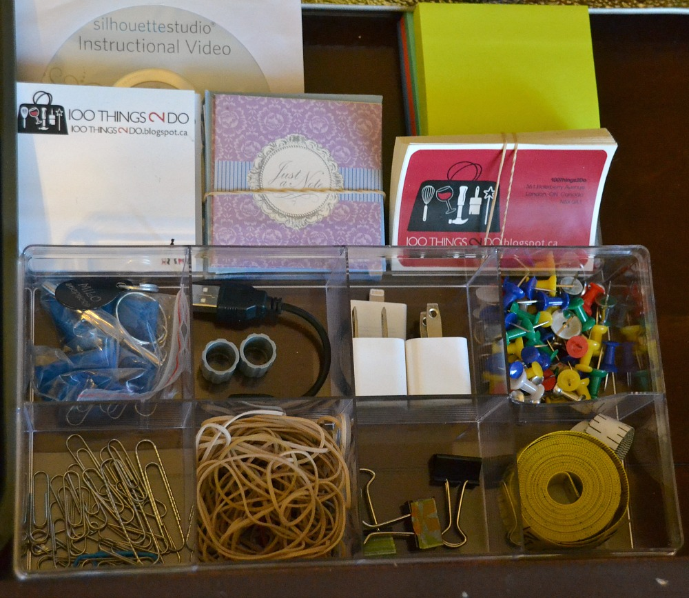 Organizing your desk, desk organization, organized workspace, less mess means less stress