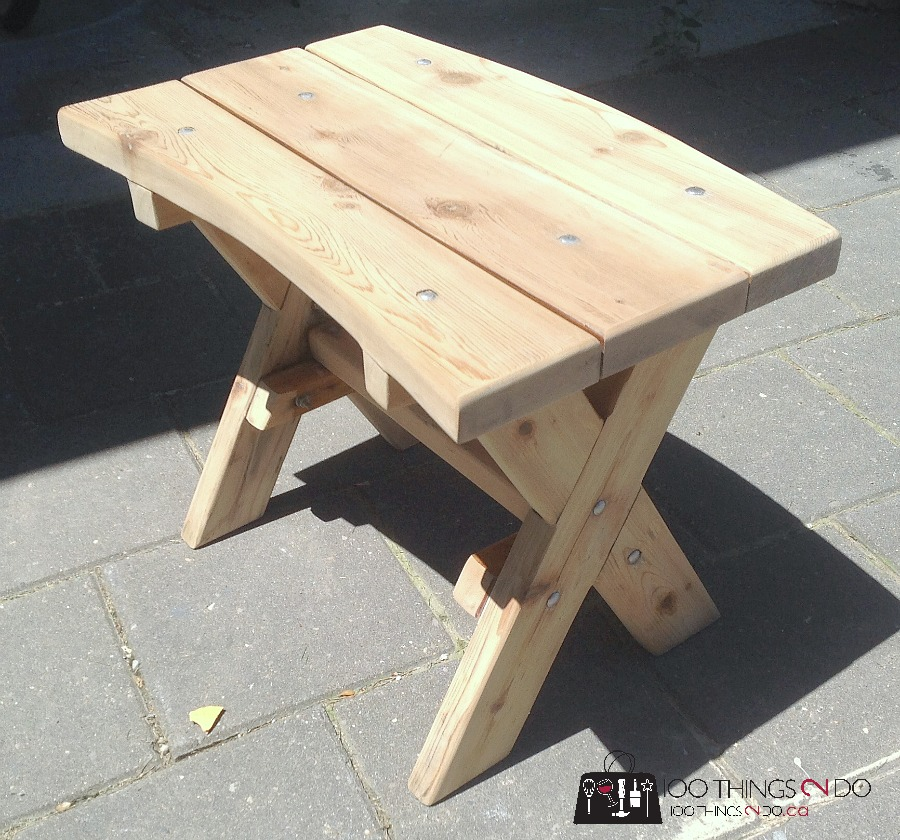 bench makeover, side table makeover, patio table makeover, cedar table, refinished cedar table