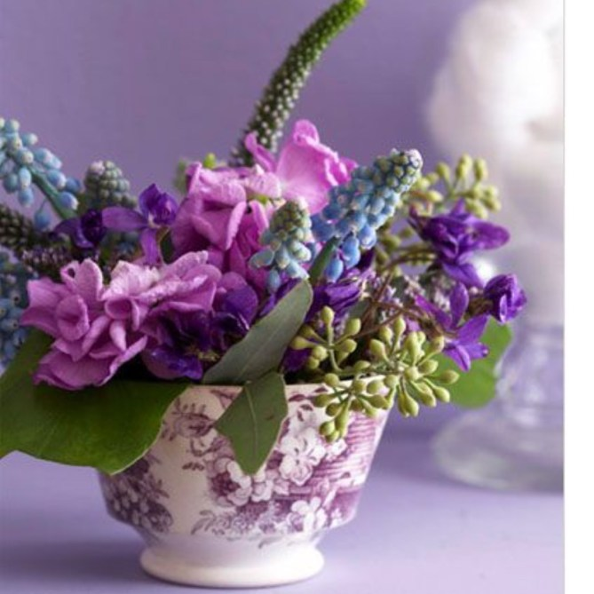 Make your own teacup bouquet - great as a desk or nightstand display