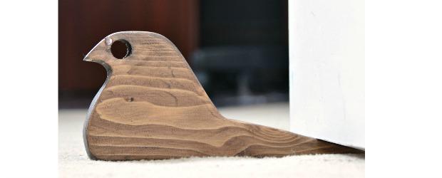 diy door stop rustic bird from scrap wood. Black Bedroom Furniture Sets. Home Design Ideas