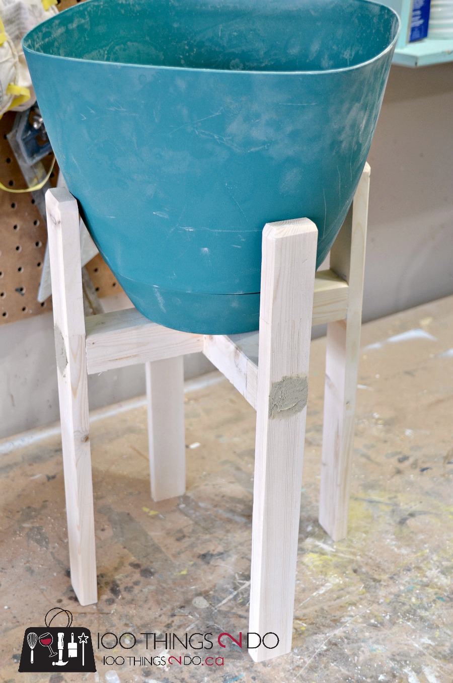 Diy Plant Stand West Elm Knock Off
