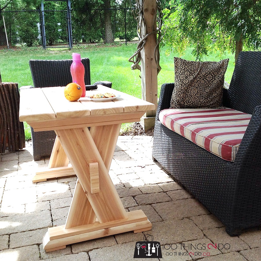 DIY cedar patio table, DIY patio table, DIY outdoor furniture, DIY patio coffee table, wood coffee table, wood patio table