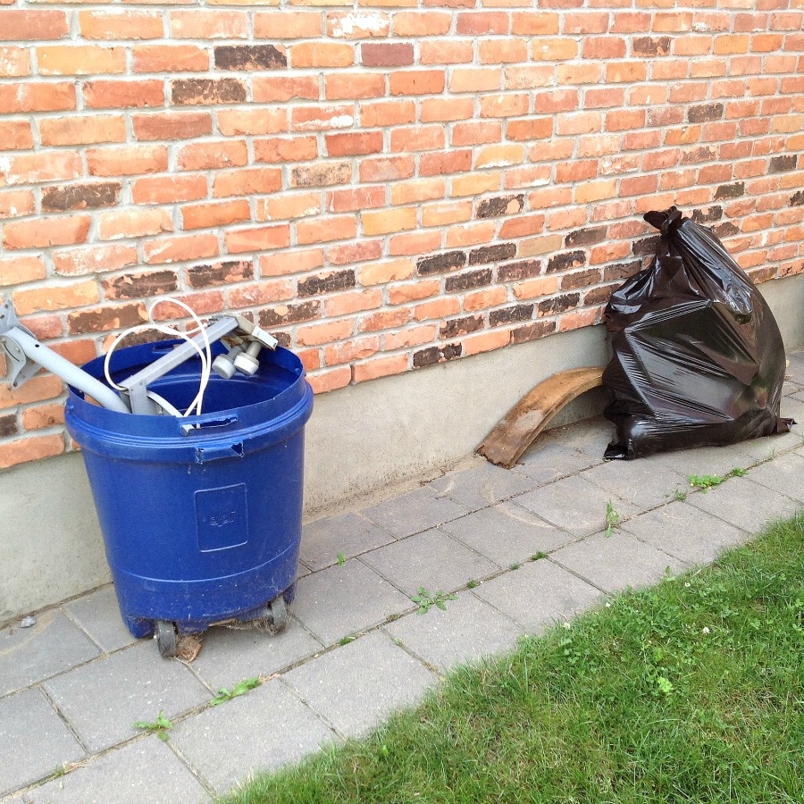 Outdoor garbage bin - 3
