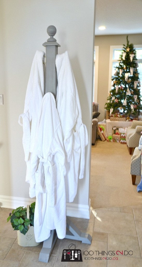 DIY coat rack, coat tree, coat stand, hat stand