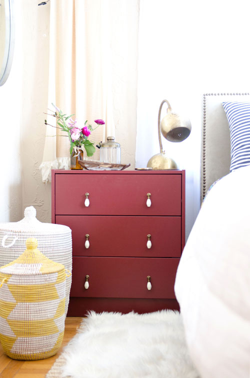 Ikea Rast hacks, 50 of the best Ikea Rast hacks, pink nightstand, pink bedside table, teardrop knobs, Ikea rast makeover, nightstand, bedside table, Ikea hacks