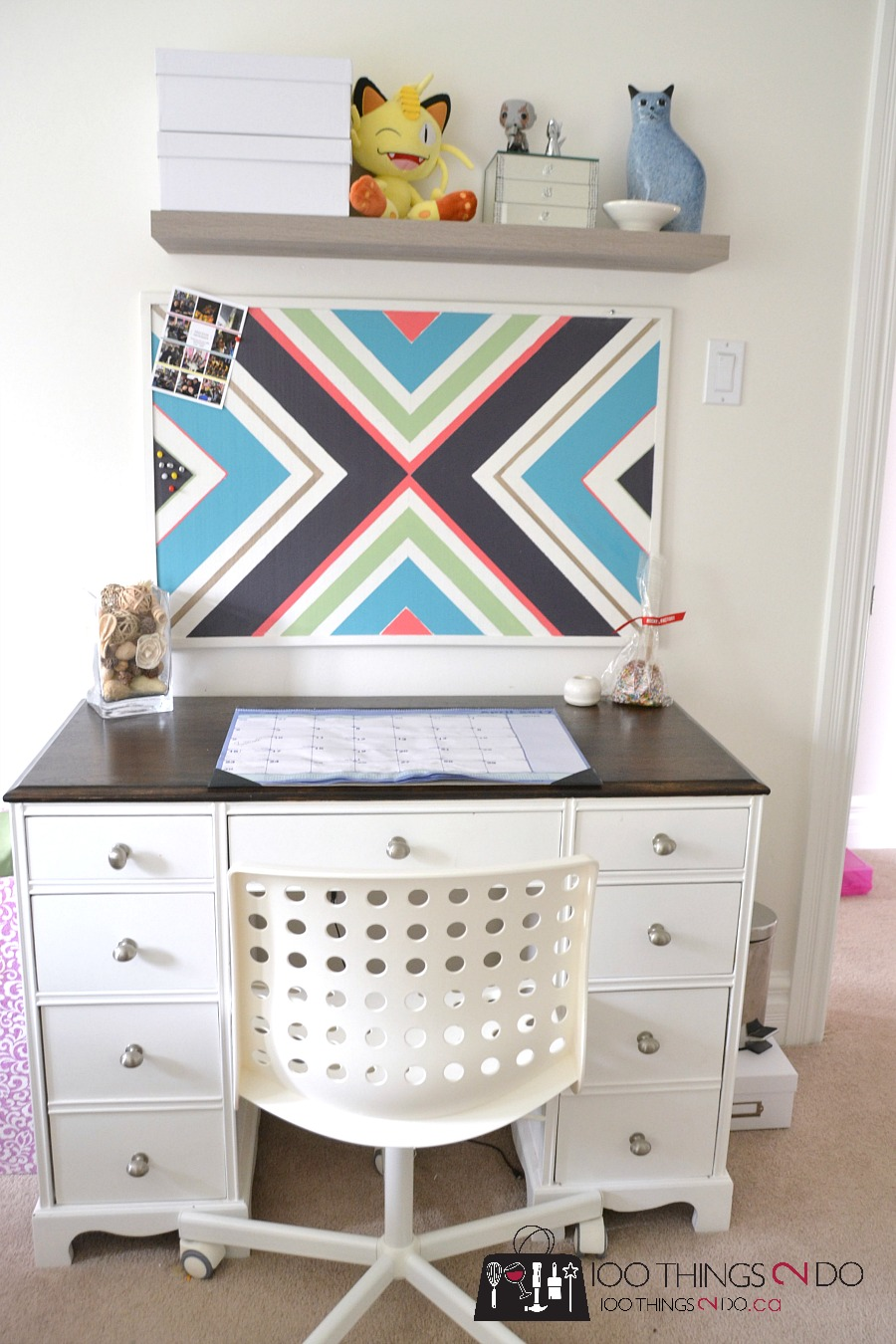 Cork Board Makeover, diy cork board, painted cork board, tween bedroom decor, easy teen bedroom update, cork board update