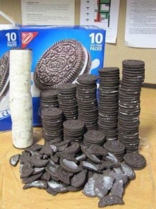 The only way to eat Oreos