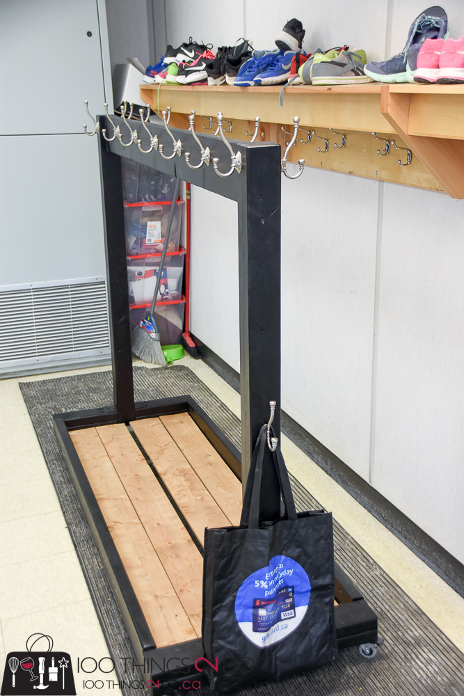 Portable coat rack, classroom coat rack, DIY coat rack for multiple coats, rolling coat rack