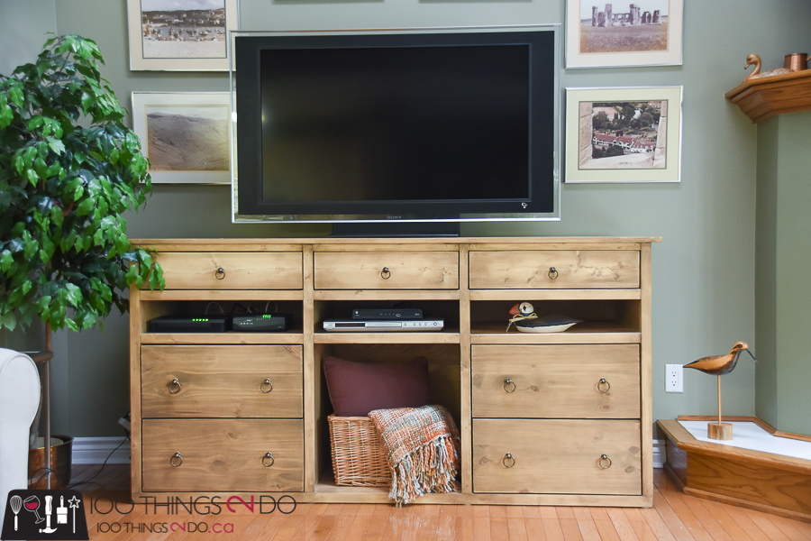 10 DIY Furniture Projects for Beginners, DIY furniture, beginner builds, easy DIY furniture, DIY media stand, media centre, DIY sideboard
