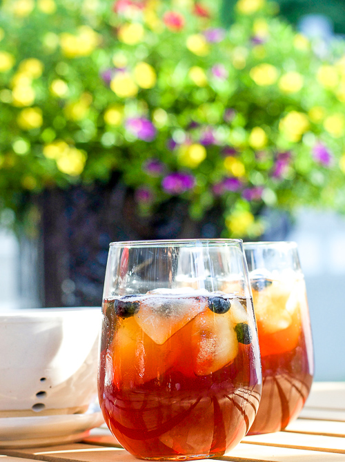 Southern sweet tea, lightly sweetened Southern Sweet tea, Southern ice tea, how to make Southern sweet tea, sweet tea recipe