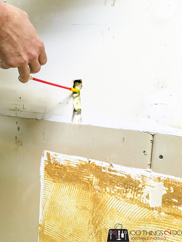 filling drywall holes with expanding foam