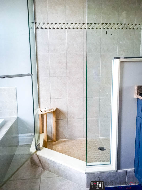 DIY shower stool, shower stool, cedar shower stool, shaving your legs in the shower