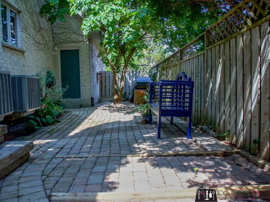 Side yard, side yard makeover, cozy side yard