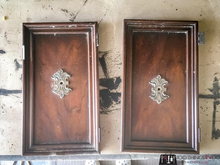 simple raised tray, tiered tray, DIY tray with legs, repurposed door tray