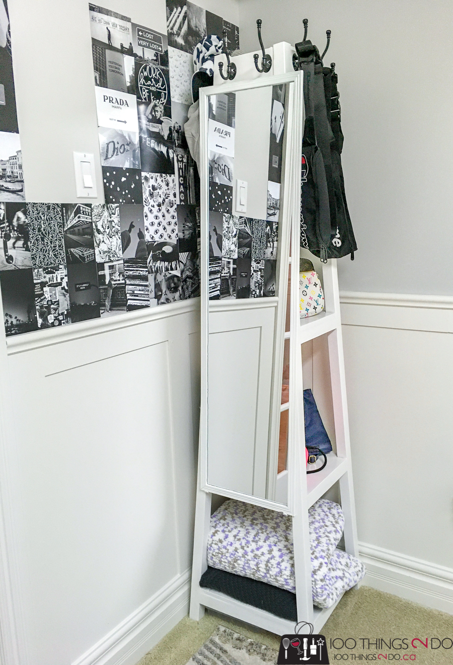 Freestanding coat rack with shelves